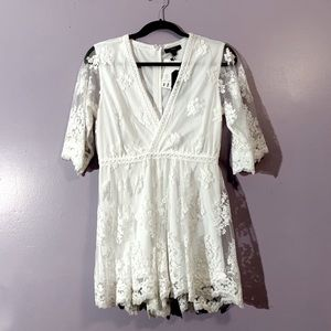 HP 🌟 Very J | NWOT Deep V Sheer Romper
